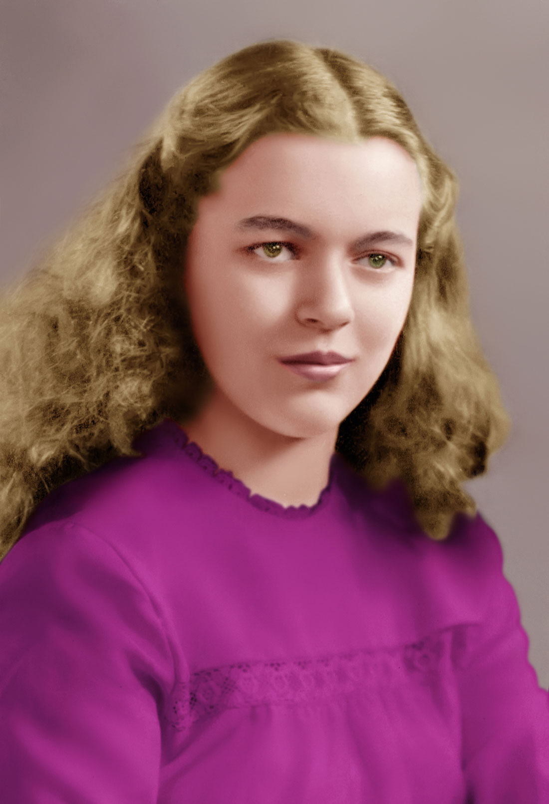 restored and colored photo fixed using photoshop